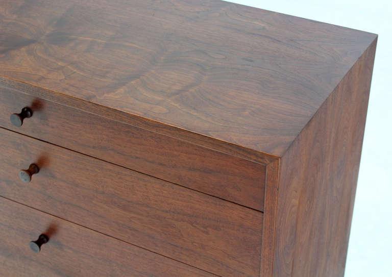 Mid-Century Modern Mid Century Modern Walnut Four Drawer Bachelor Dresser For Sale