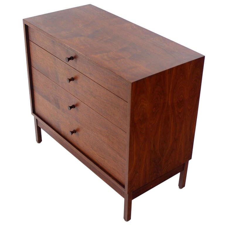 Mid Century Modern Walnut Four Drawer Bachelor Dresser For Sale