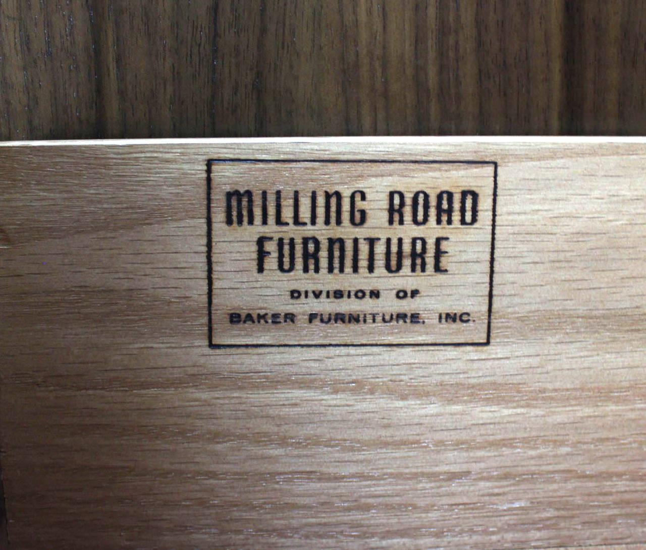 Baker Mid-Century Modern Long Walnut Dresser Brass Hardware Pulls In Excellent Condition For Sale In Rockaway, NJ