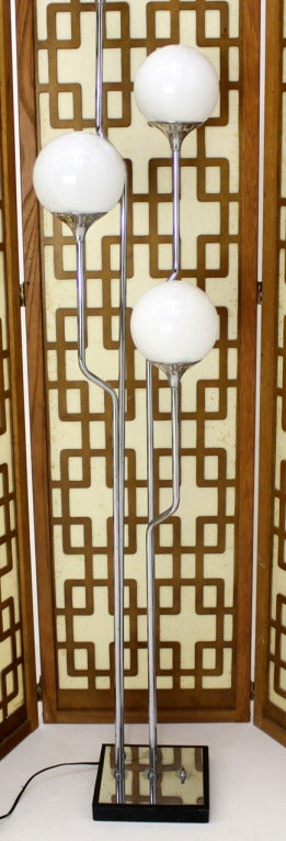Mid-Century Modern Chrome, Four Glass Globes Floor Lamp image 9