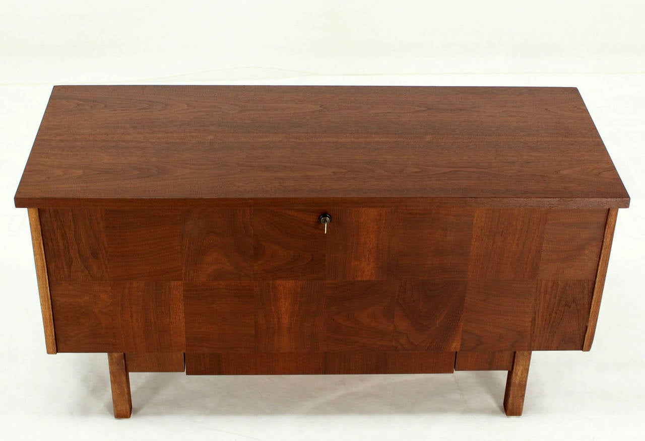 Lane Mid Century Modern Cedar Walnut Hope Chest Trunk W/ Drawer 3