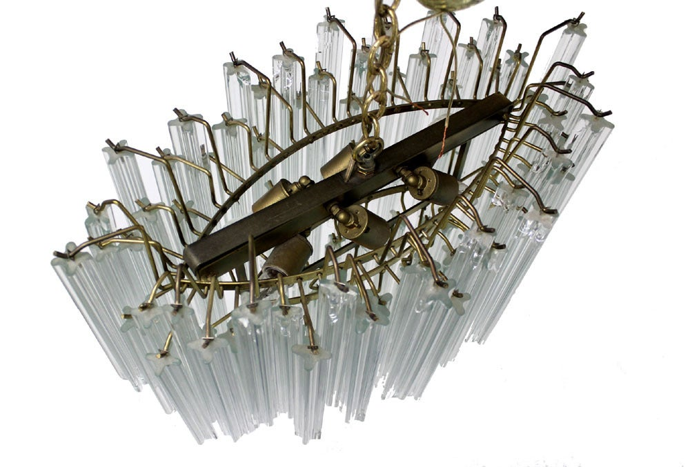 Camer Mid-Century Modern Murano Chandelier Glass Prisms Light Fixture In Excellent Condition For Sale In Rockaway, NJ