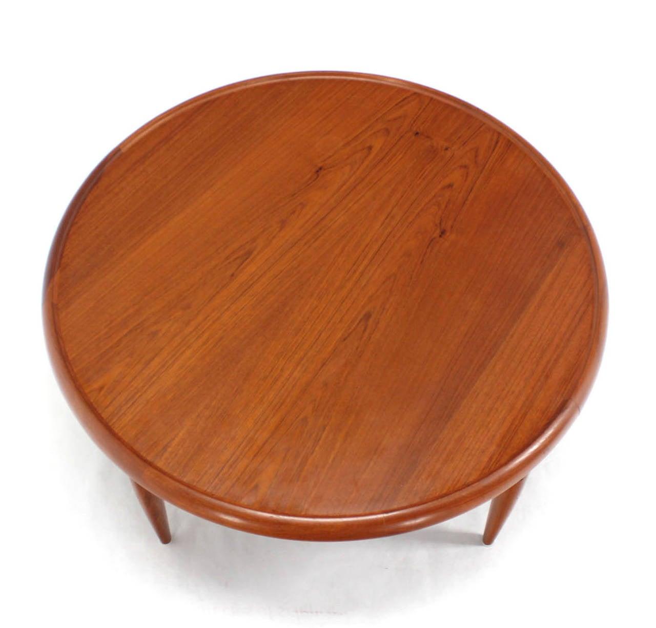 Lane Switchblade Coffee Table: Reversible Flip-Top Danish Modern Round Teak Coffee Table