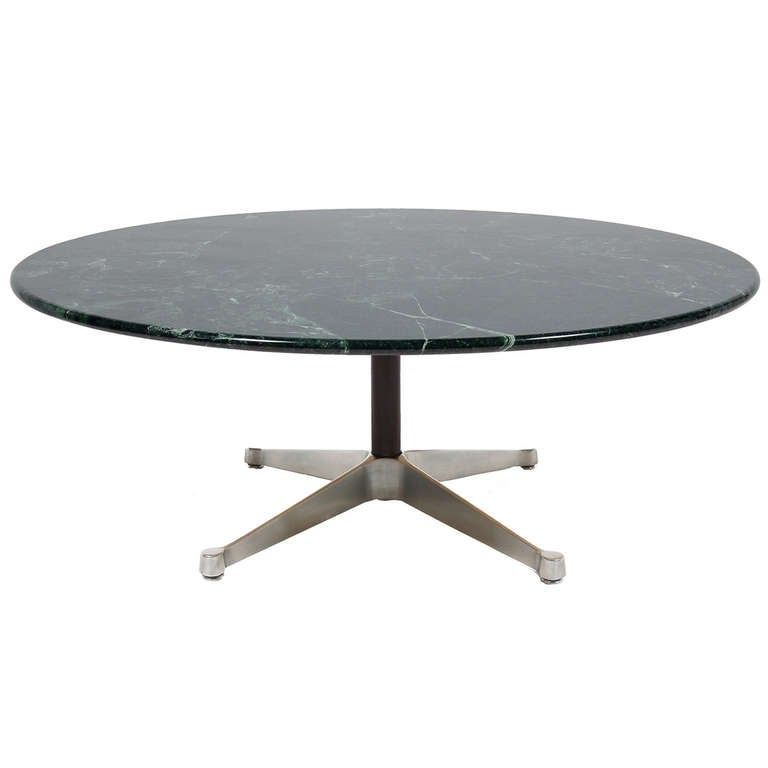 Aluminum group coffee table by charles eames at 1stdibs for Table ronde charles eames