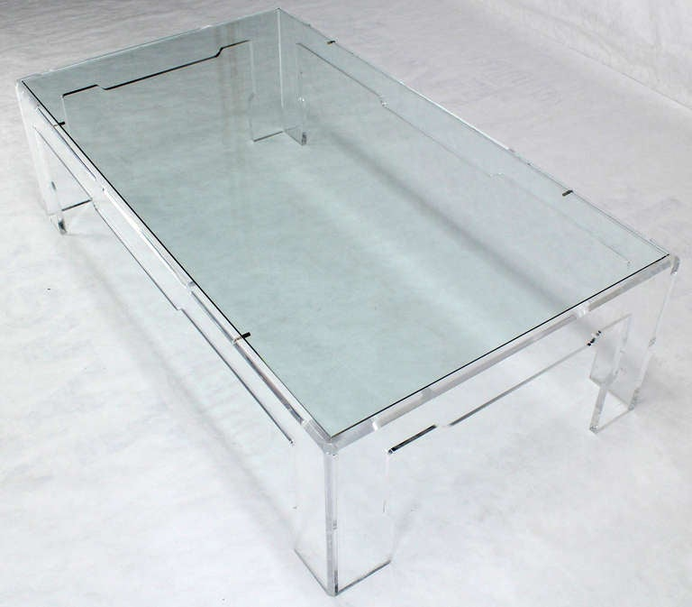 Long Mid Century Modern Rectangular Lucite Coffee Table At 1stdibs