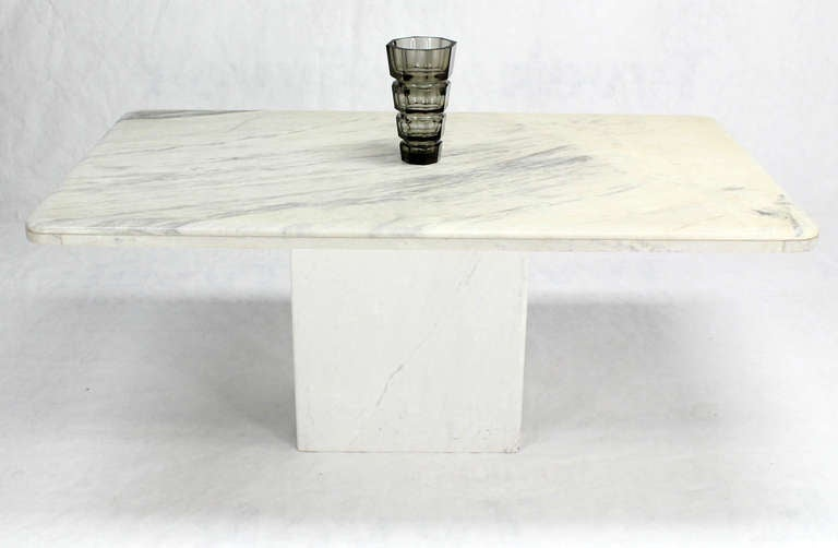 20th Century Mid-Century Modern Marble-Top Pedestal Dining Table For Sale