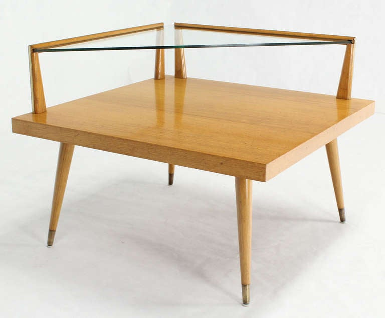 mid century modern two tier corner coffee or end table at 1stdibs. Black Bedroom Furniture Sets. Home Design Ideas