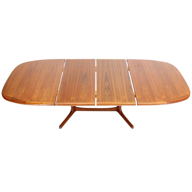 Mid Century Danish Modern Teak Dining Table With Two Leaves At 1stdibs