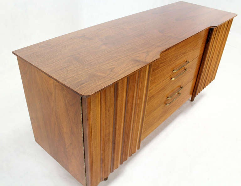 Mid Century Danish Modern Long Walnut Dresser For Sale 2