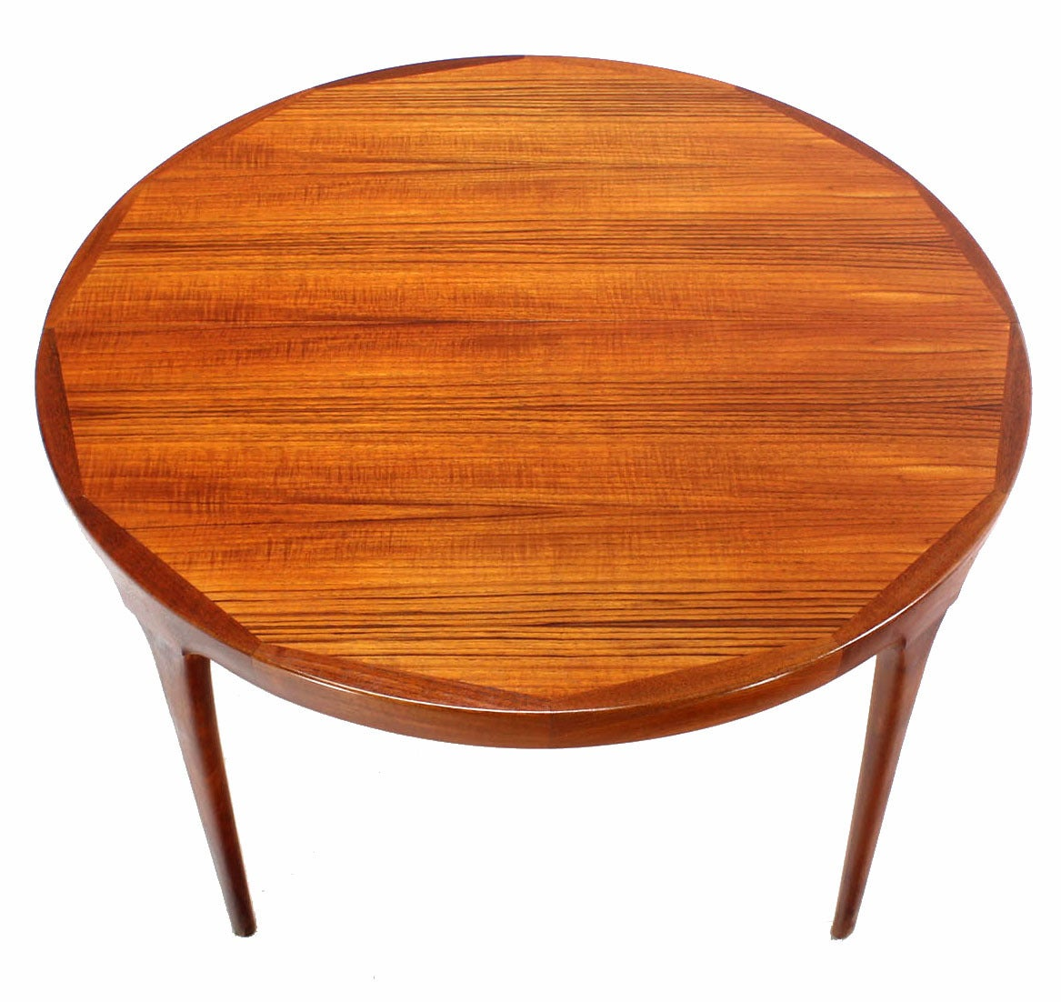 danish mid century modern round teak dining table with two leaves at 1stdibs. Black Bedroom Furniture Sets. Home Design Ideas