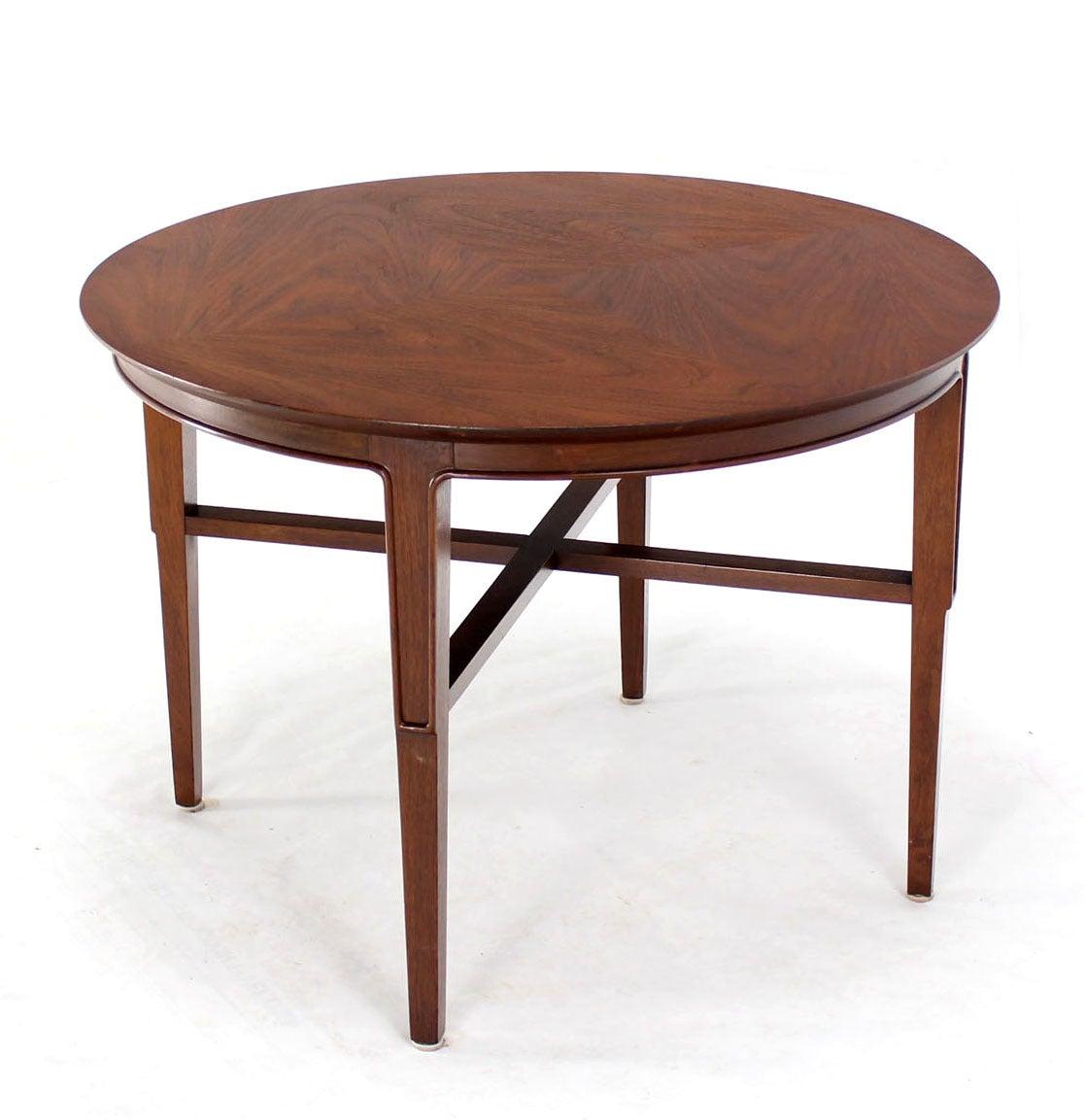 Mid Century Modern Small Round Coffee Table At 1stdibs: John Stuart Mid-Century Modern Walnut Round Side Table Image 2