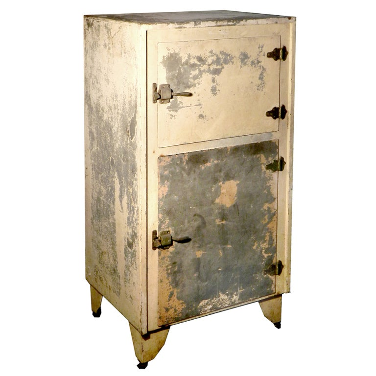 Small Galvanized Metal Ice Box at 1stdibs