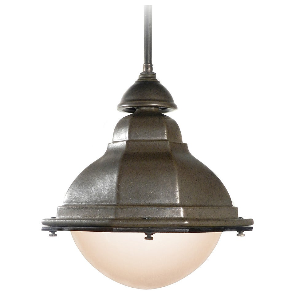 oval french terracotta street lights for sale at 1stdibs. Black Bedroom Furniture Sets. Home Design Ideas