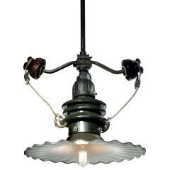 Porcelain Street Lamp - Outrigged Insulators