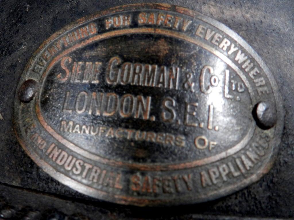 English 1878 Siebe Gorman Firemens Rescue Mask