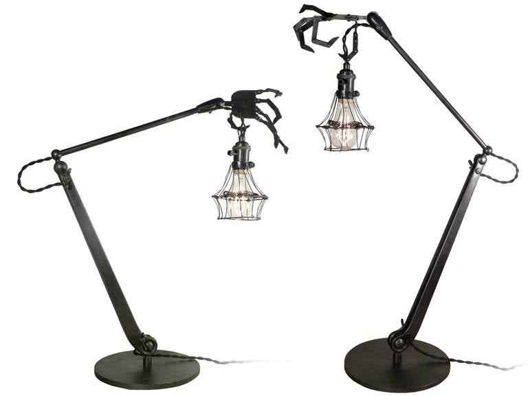 Articulated Hand Table Lamps 5