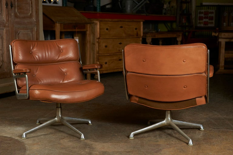 American Herman Miller swivel Chair, c. 1960