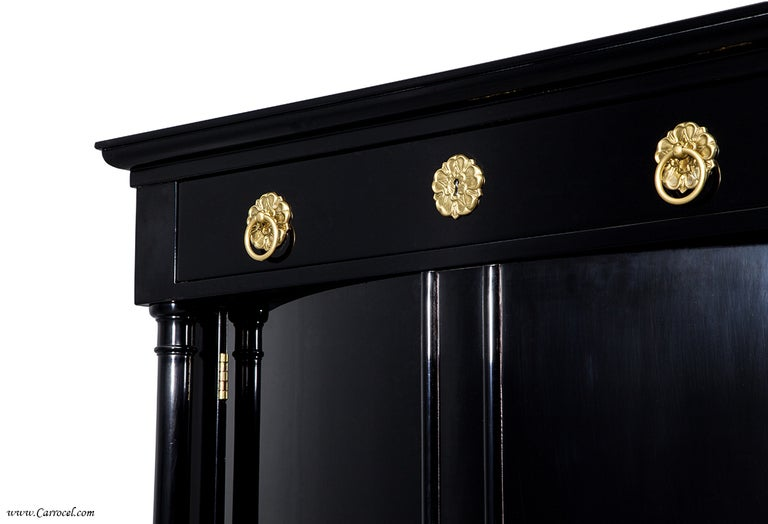 Exquisite Pair Of Hand-rubbed Black Lacquer Armoires Cabinets By Ej Victor 8