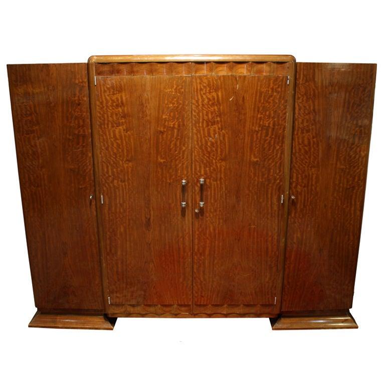 antique ribbon mahogany art deco armoire wardrobe circa 1930s at 1stdibs. Black Bedroom Furniture Sets. Home Design Ideas