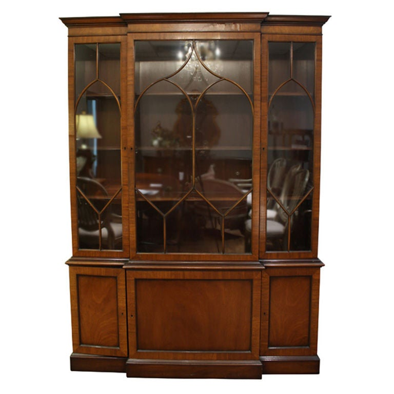 Antique Mahogany Kittinger China Breakfront Cabinet at 1stdibs
