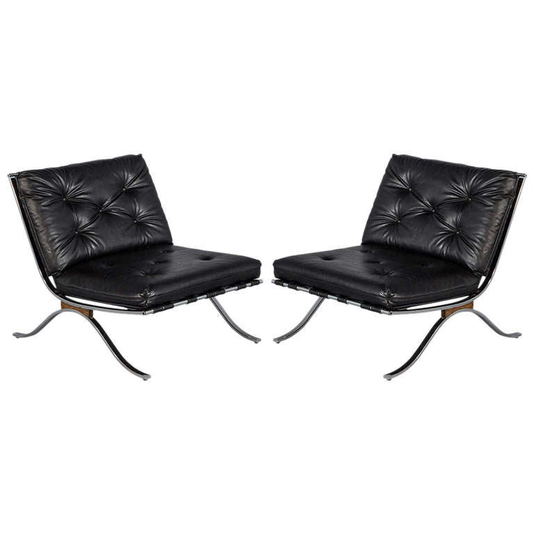 Pair of Vintage Barcelona Lounge Chairs at 1stdibs