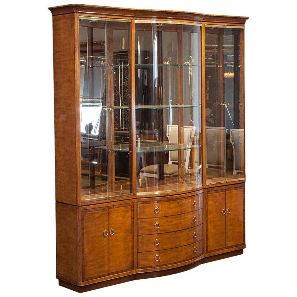 Vintage Drexel Heritage Breakfront Display Cabinet At 1stdibs