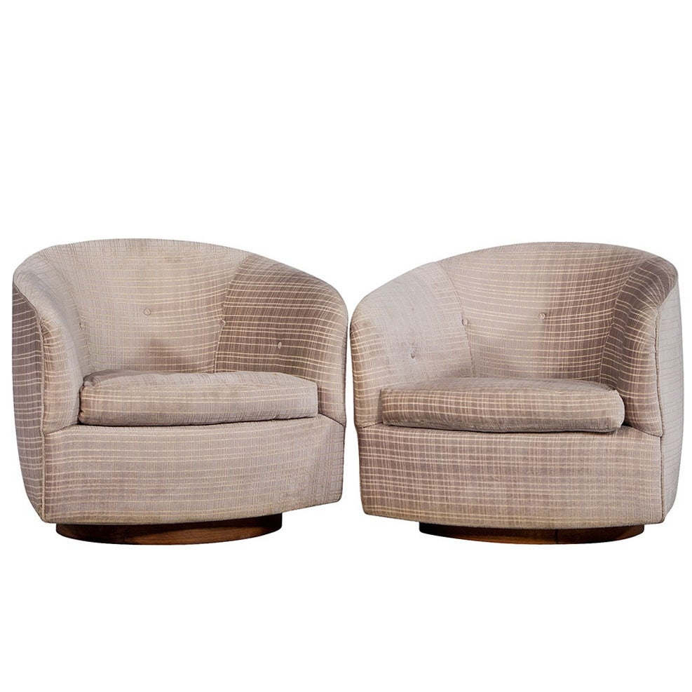 Pair Of Original Milo Baughman Swivel Barrel Chairs For Sale At 1stdibs
