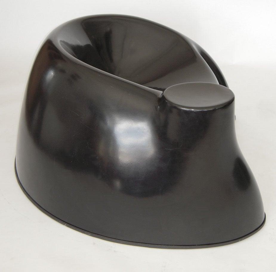 "American Black Fiberglass ""Castle"" Chair by Wendell Castle For Sale"