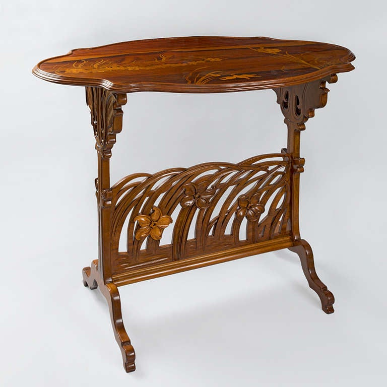 emile gall narcissus french art nouveau carved fruitwood side table for sale at 1stdibs. Black Bedroom Furniture Sets. Home Design Ideas