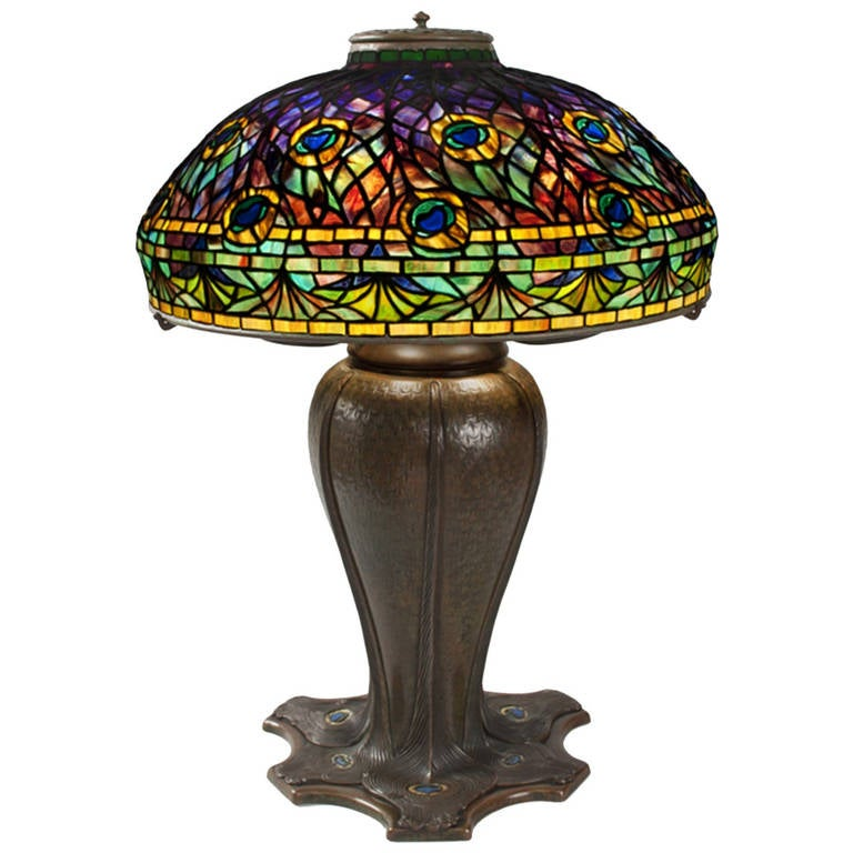 tiffany studios peacock lamp for sale at 1stdibs. Black Bedroom Furniture Sets. Home Design Ideas