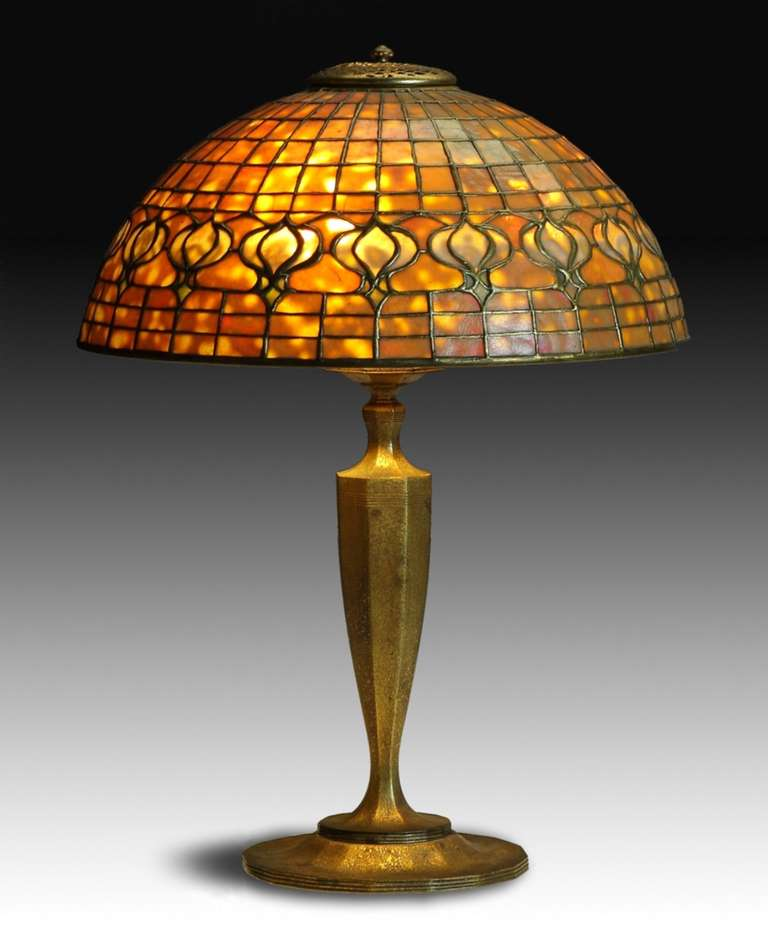 "Tiffany Studios New York ""Pomegranate"" Table Lamp image 2"
