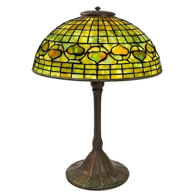 tiffany studios acorn leaded glass table lamp for sale at 1stdibs. Black Bedroom Furniture Sets. Home Design Ideas