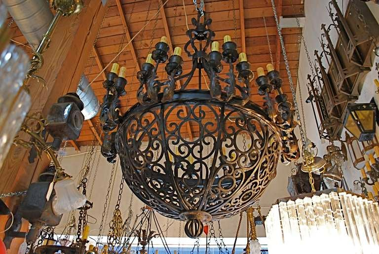 Exceptional and very rare imposing 1920 wrought iron chandelier – Rot Iron Chandeliers
