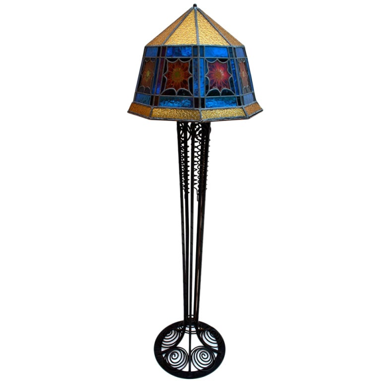 Art deco floor lamp roselawnlutheran for Art deco floor lamp sydney
