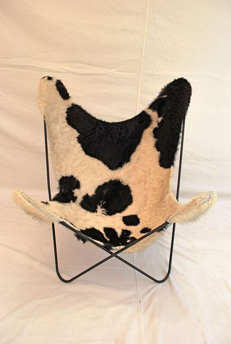 Nice A Very Nice Mid Century Butterly Chair With Original Cow Hide