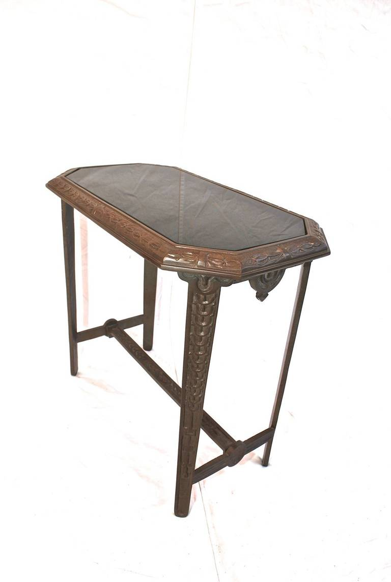 Beautiful and heavy cast iron art deco side table for for Cast iron end table
