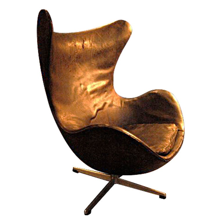 vintage arne jacobsen egg chair at 1stdibs. Black Bedroom Furniture Sets. Home Design Ideas