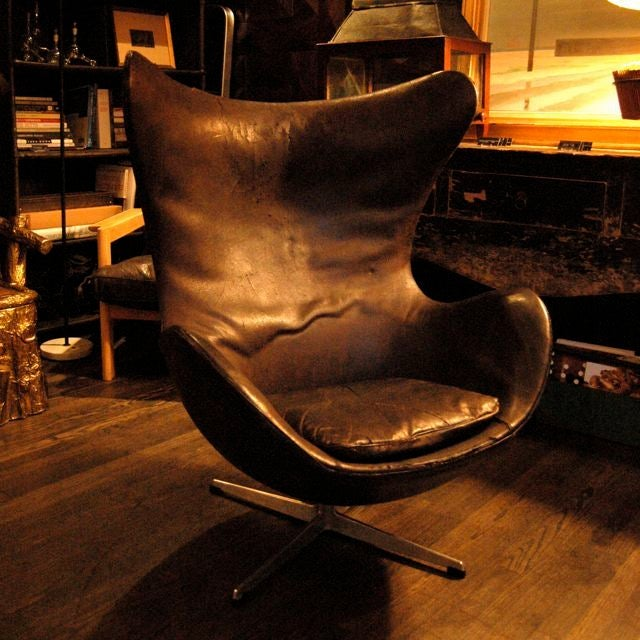 VINTAGE ARNE JACOBSEN EGG CHAIR, DENMARK, C. 1960 For Sale At 1stdibs