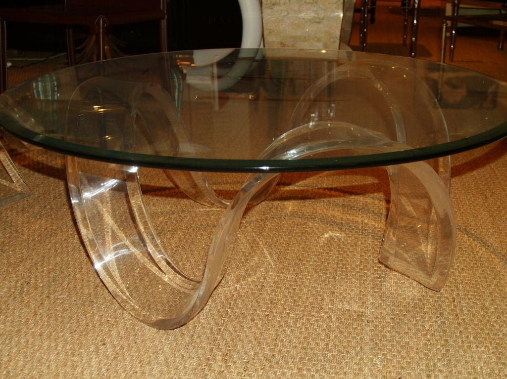 Lucite Round Ribbon Coffee Table At 1stdibs