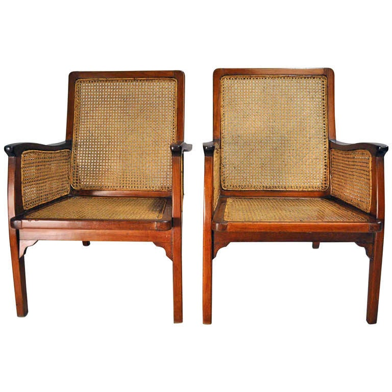Ordinaire Set Of British Colonial Chairs With Rattan Seats For Sale