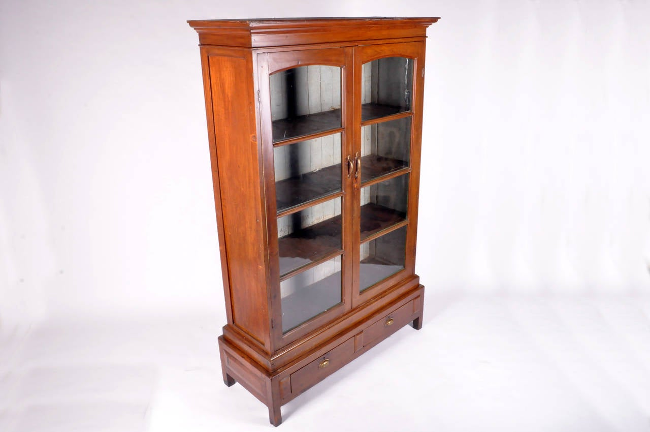 display cabinets with drawers