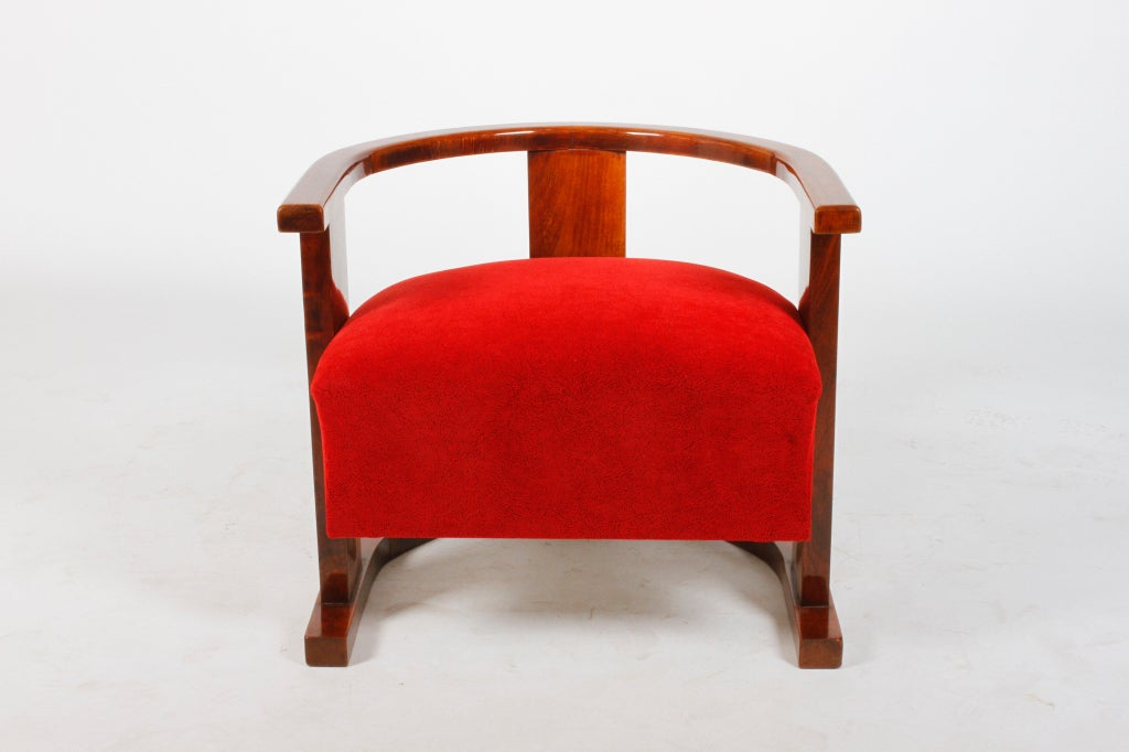 Pair of Art Deco Form Chairs 7