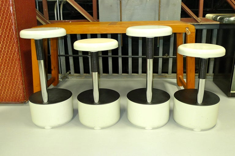 Set of 4 quotGolfquot Bar Stools by Roberto Lucci and Paolo  : P1570495l from www.1stdibs.com size 768 x 510 jpeg 68kB