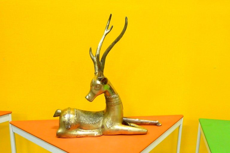 Pair of Brass Resting Deer by Sarreid In Good Condition For Sale In Hingham, MA