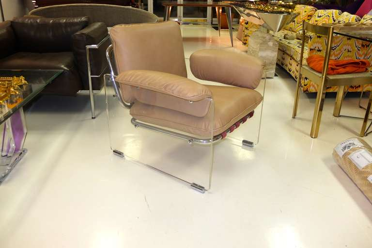 Pace Collection Lucite Lounge Chair For Sale 1