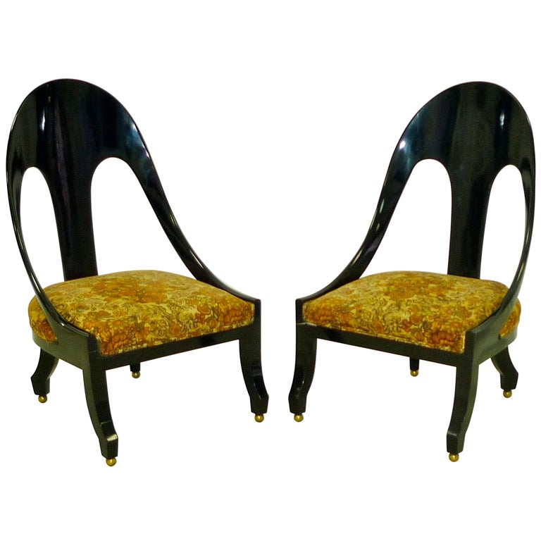 Pair Of Ebonized Regency Style Spoon Back Chairs At 1stdibs