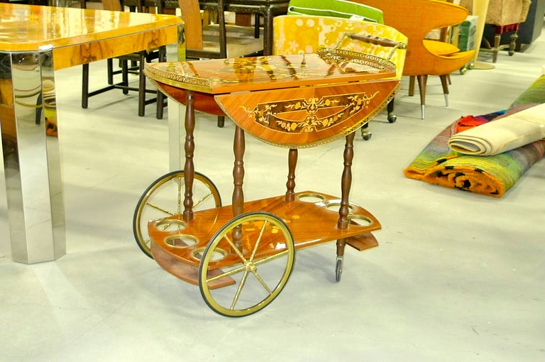 1960's Italian Marquetry Bar Cart In Excellent Condition For Sale In Hingham, MA