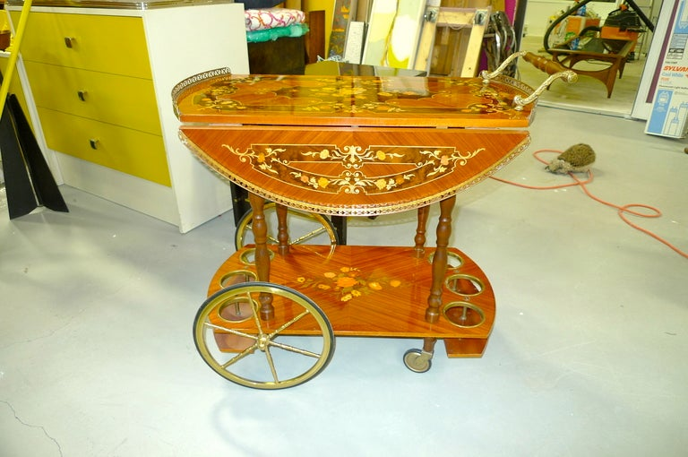 1960's Italian Marquetry Bar Cart For Sale 4