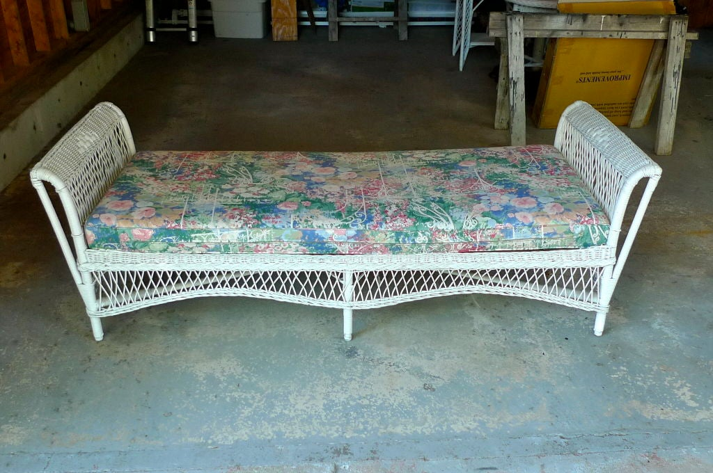 Antique Wicker Day Bed At 1stdibs