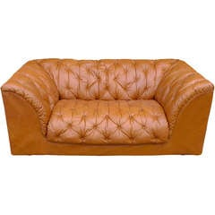 1970's Italian Tufted Leather Sofa by Ambienti Bernini